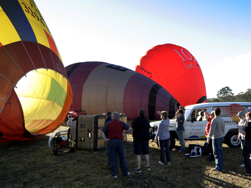 Floating Images Hot Air Balloon Flights | Ipswich