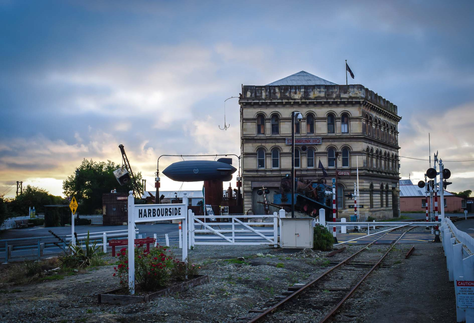 Oamaru has its own iconic rail-related museum in the form of Steampunk HQ in an 1883 Grain Elevator building